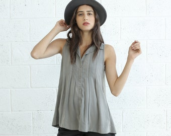 Pleated Tunic Top, Light grey.