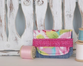 Card holder, small wallet made from recycled fabrics credit cards health cards fidelity eco-friendly eco-design flower denim summer