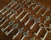 Keys to the Kingdom - Skeleton Keys - 100 x Antique Silver Vintage Keys Bulk Skeleton Key Set Skeleton Keys For Weddings Scrapbooking keys