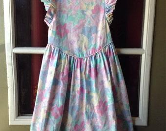 Vintage Pastel Floral Dress Flutter Sleeves (5t)