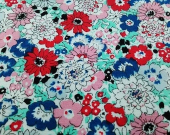 Daisy and poppy, red pink aqua gray, 1/2 yard, pure cotton fabric