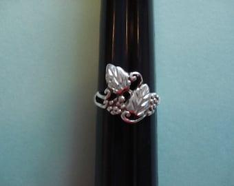 Vintage Grapevine Design Ring, Sterling Silver, SZ 6.5