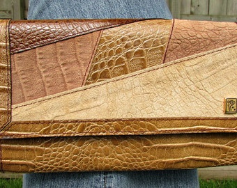 vintage 70s multi patchwork leather purse croco patent leather suede nos 2 way clutch shoulder  Italy
