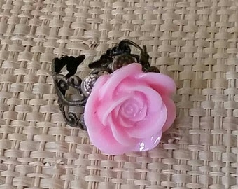 Pink Flower Ring Vintage alike Antique Brass Adjustable Lead Free 18mm for your art or jewelry projects- 1 ring