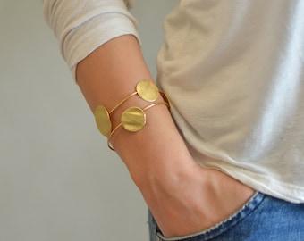 Gold Cuff Bracelet, urban cuff bracelet, gold cuff bracelet, cuff bracelet, cuff bracelet gold, gold urban bracelet, urban cuff, golden cuff