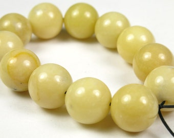 Creamy Honey Yellow Jade Round Bead  - 10mm - 12 beads -  B3286