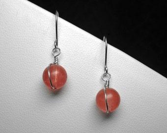 Cherry Quartz Earrings in Silver, 8 mm