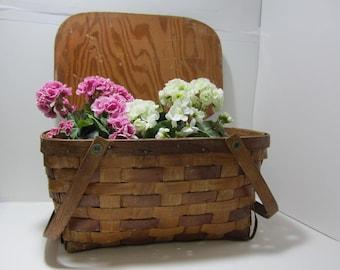 Vintage Picnic Basket with Lid, Handles, Woven Wood Picnic Basket Rustic Farmhouse, Cottage Chic, Storage Basket Picnic Basket