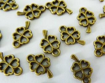 20 pendants, 11x6mm, clover, shamrock, bronze