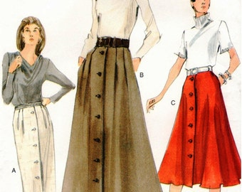 Very Easy Vogue UNCUT Pattern 7119 - Misses/Misses Petite Skirts - Semi-Fitted, Straight or Slightly Flared - Front & Back Pleats - 8-12