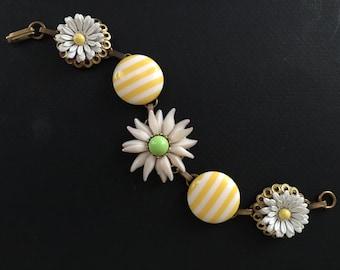 STRIPED DAISIES - Vintage Panel Bracelet - Yellow And White - ElegantERAS