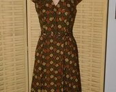 Vintage 1940-1950s Zipper Front Casual Dress with Belt, Very Good Used Size S/M,