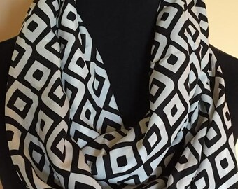 New Black and White  Square Design Infinity Scarf
