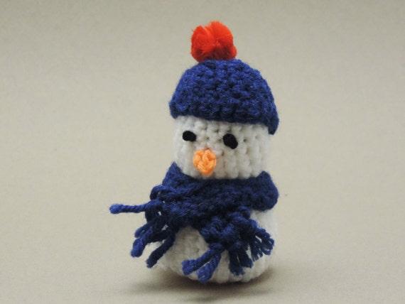 Items similar to Amigurumi Crochet Snowman on Etsy