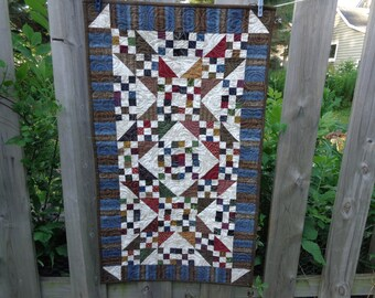 Country Quilt, Scrappy Table Runner, Jacob's Ladder Runner 0714-02