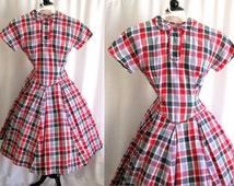 Vintage 1940s 50s Dress Flour Sack Feedsack Dress w/ Red Rick Rack Small