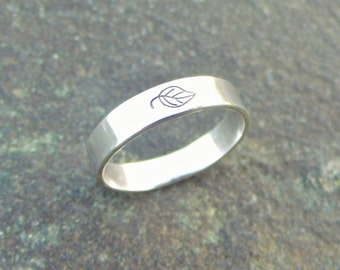 Single Leaf Eco Ring - Sterling Silver Band Ring - Size 7 1/2