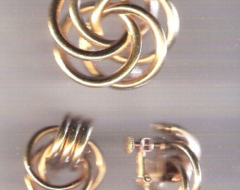 Vintage Napier Circle Brooch & Matching Earrings