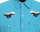 80s 90sWesterm High Noon Aqua Blue Embroidered Mustang Wild Horses Pearl Snap Shirt by High Noon Country Punktry Size XL