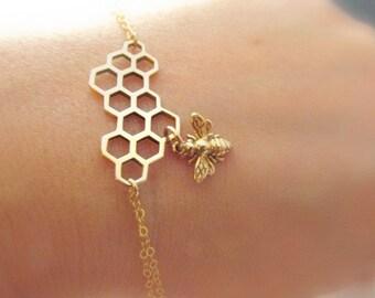 Bee bracelet gold fill Italian bronze honey comb bracelet bee jewelry summer bracelet gold simple everyday bee charm bracelet