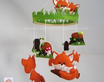 Baby fox hanging crib mobile