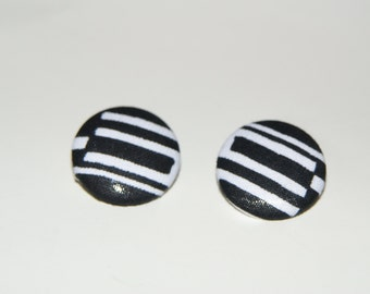 Fabric Covered Button Earrings- Black and White 2