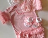 Newborn baby girl outfit pink ruffled pearls lace flowers matching socks and headband