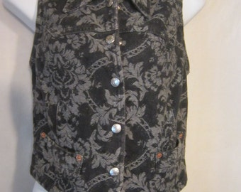 Guess Paisley Cropped Vest