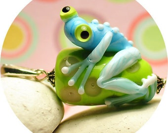 Forget-Me-not Frog Lampwork Pendant