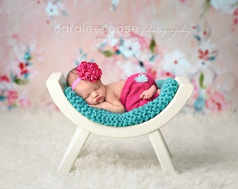 Curved Bench, Curved Bench Prop, Photography Prop, Newborn Photo Prop, Bench Photo Prop, Newborn Photography Prop