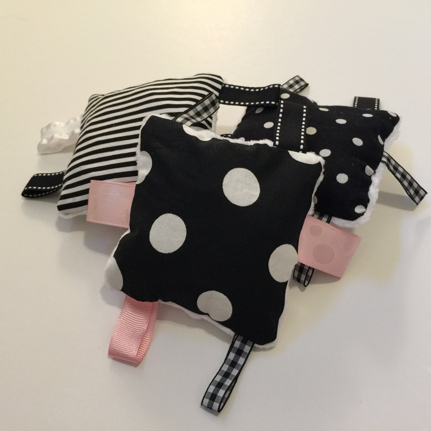 Toddler Toys Black And White : Baby crinkle toy black and white