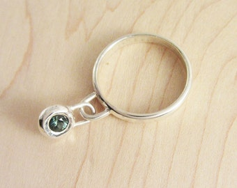 Kinetic Sterling Silver Dangle Ring with Blue-Green Sapphire