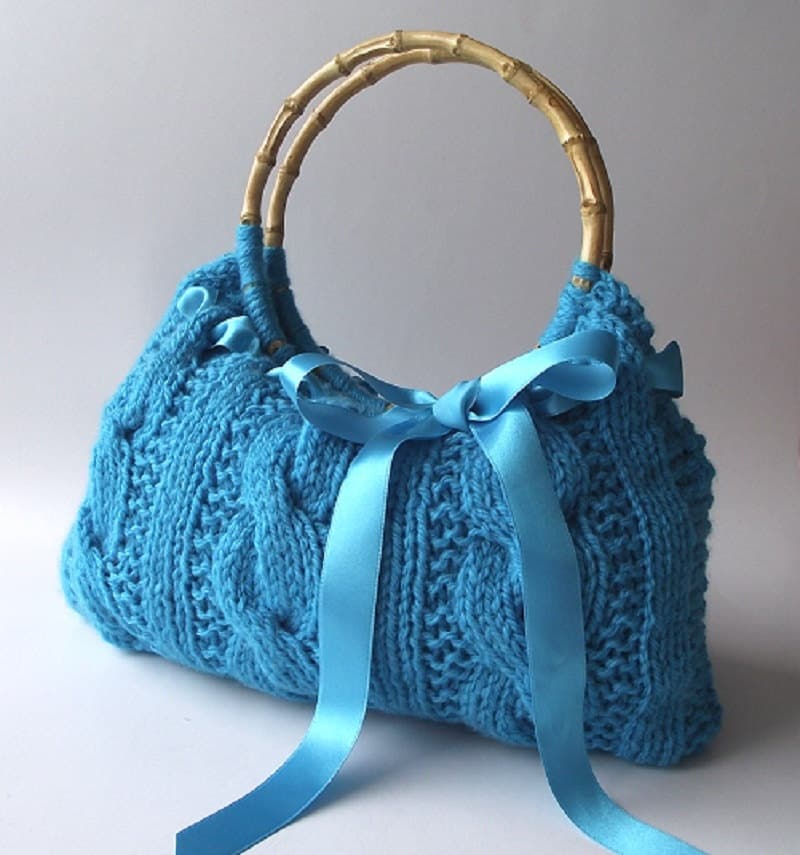 Knitting Tote Bag Pattern : KNITTING BAG PATTERN Lucia Bag Knit Cable Handbag with Bow