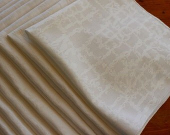 Vintage Napkins Linen Luncheon Dinner 8 White Easy Care Textured