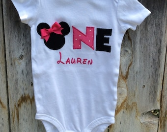 Minnie Mouse bodysuit, 1st Birthday Outfit, Minnie Mouse Birthday Bodysuit