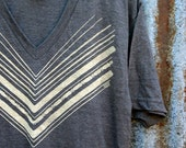 Chevron // Handprinted V-neck TShirt // Short Sleeve // Casual // Soft