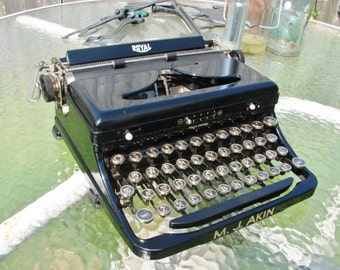 Gorgeous 1938 Vintage Royal Portable Model O Typewriter in Original Case ~ Touch Control in Beautiful Condition ~ Professionally Serviced