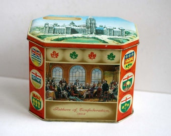 Vintage Canadian Centennial Tin 1867 - 1967, Made in Scotland Tin, Gray Dunn Buscuit Manufacturers