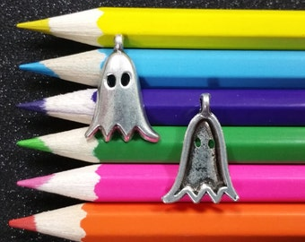 10 PCS - Ghost Costume Halloween Scary Silver Charm Pendant C0528