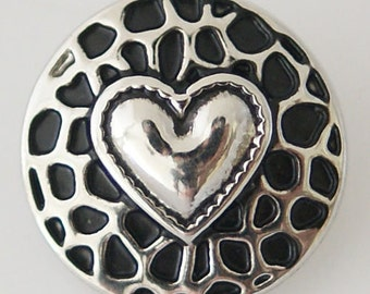 1 PC 18MM Heart Silver Snap Candy Charm KB7075 Cc0603