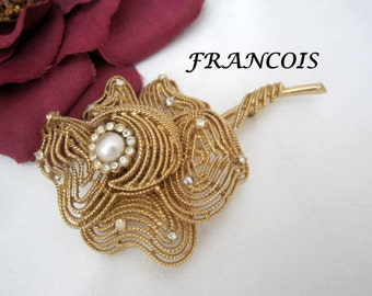 Francois Brooch Signed Gold Mesh Rhinestone Pearl