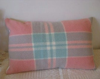 "Pillow - Vintage up-cycled woollen  ""Onkaparinga""  cushion cover in mint, peach, cream 14x21inch or 35.5cmx53.5cm"