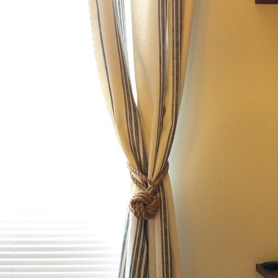 noeud en corde embrasse de rideau. Black Bedroom Furniture Sets. Home Design Ideas