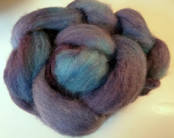 Grape with the blues 4oz Handpainted Perendale Spinning Fiber