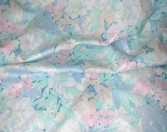 No. 400 1980 Cranston Print Works Cotton Sateen Pastel Print Fabric For Girl Toddler