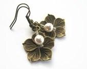 Personalized Hibiscus Earrings, Flower Earrings, Pearl Earrings, Swarovski, Bridal Party Earrings, Hawaii, Bridesmaid, Tropical, BRONZE