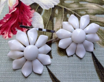 Decorative Hair Pins White Bridal 60's Floral Hairpins Bobby Pins, West Germany