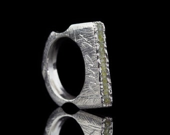 DIAMONDS IN A ROW | Rhodium plated Sterling Silver ring (Free shipping)