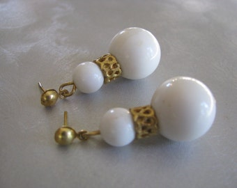 White Ball Stud Earrings , Vintage White Post Earrings , Collectible Jewelry