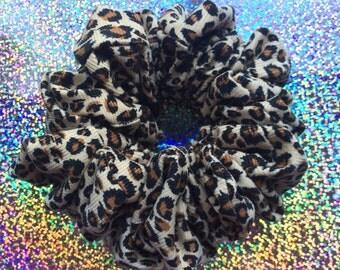 CHEETAH GIRLS Hair Scrunchie